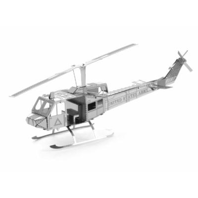 Metal Earth - UH-1 Huey helikopter- 3D fémépítő