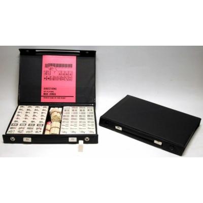 Mahjong műanyag kövekkel, fekete műanyag dobozban 720399